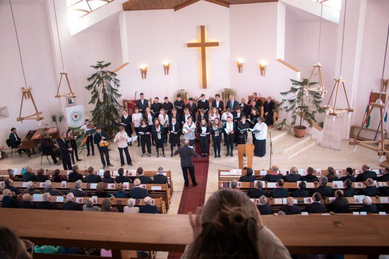A kelenföldi evangélikus kórus ünnepi műsora